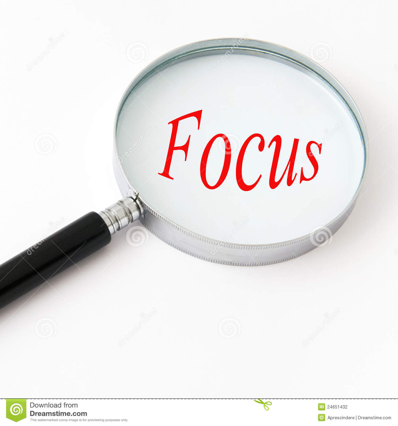 magnifying glass focus 24651432